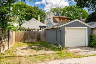 Photo 39: 684 Ashburn Street in Winnipeg: West End Residential for sale (5C)  : MLS®# 202017849