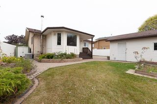 Photo 23: 3516 HILL VIEW Crescent NW in Edmonton: Zone 29 House for sale : MLS®# E4215071