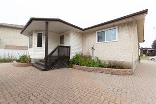 Photo 24: 3516 HILL VIEW Crescent NW in Edmonton: Zone 29 House for sale : MLS®# E4215071