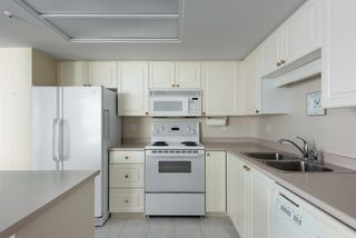 """Photo 11: 1002 739 PRINCESS Street in New Westminster: Uptown NW Condo for sale in """"Berkley Place"""" : MLS®# R2500994"""