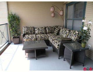 Photo 8: 221 15210 PACIFIC AV: White Rock Home for sale ()  : MLS®# F2912641