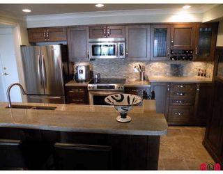 Photo 2: 221 15210 PACIFIC AV: White Rock Home for sale ()  : MLS®# F2912641