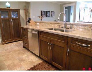 Photo 1: 221 15210 PACIFIC AV: White Rock Home for sale ()  : MLS®# F2912641