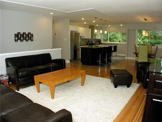 Photo 5: 5354 MEADEDALE DR in Burnaby: Parkcrest House for sale (Burnaby North)  : MLS®# V915356