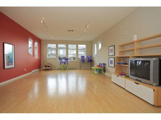 Photo 10: 35 18701 66 Avenue in Cloverdale: Condo for sale : MLS®# F1223519 New