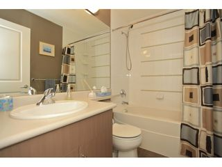Photo 7: 35 18701 66 Avenue in Cloverdale: Condo for sale : MLS®# F1223519 New