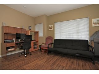 Photo 5: 35 18701 66 Avenue in Cloverdale: Condo for sale : MLS®# F1223519 New