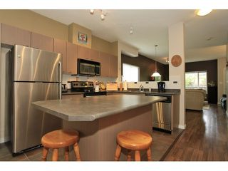 Photo 4: 35 18701 66 Avenue in Cloverdale: Condo for sale : MLS®# F1223519 New