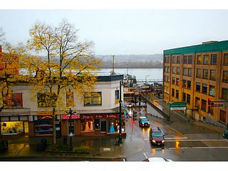 """Photo 15: 307 549 COLUMBIA Street in New Westminster: Downtown NW Condo for sale in """"C2C LOFTS AND FLATS"""" : MLS®# V1036506"""