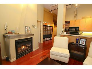 """Photo 18: 307 549 COLUMBIA Street in New Westminster: Downtown NW Condo for sale in """"C2C LOFTS AND FLATS"""" : MLS®# V1036506"""