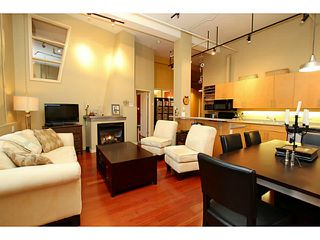 """Photo 6: 307 549 COLUMBIA Street in New Westminster: Downtown NW Condo for sale in """"C2C LOFTS AND FLATS"""" : MLS®# V1036506"""