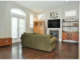 "Photo 6: 6078 163RD Street in Surrey: Cloverdale BC House for sale in ""THE VISTAS"" (Cloverdale)  : MLS®# F1410149"