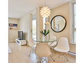 Photo 5: 301 562 E 7TH Avenue in Vancouver: Mount Pleasant VE Condo for sale (Vancouver East)  : MLS®# V1063806