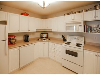 "Photo 4: 303 2435 CENTER Street in Abbotsford: Abbotsford West Condo for sale in ""Cedar Grove Place"" : MLS®# F1412491"