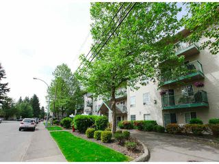 "Photo 3: 303 2435 CENTER Street in Abbotsford: Abbotsford West Condo for sale in ""Cedar Grove Place"" : MLS®# F1412491"