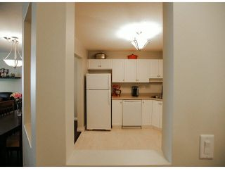 "Photo 5: 303 2435 CENTER Street in Abbotsford: Abbotsford West Condo for sale in ""Cedar Grove Place"" : MLS®# F1412491"