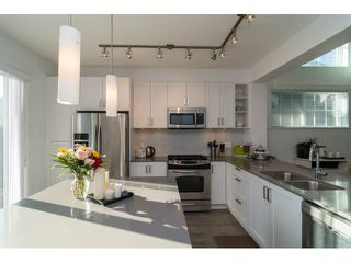 "Photo 10: 88 6450 187TH Street in Surrey: Cloverdale BC Townhouse for sale in ""MOSAIC"" (Cloverdale)  : MLS®# F1433536"