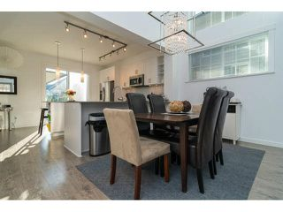 "Photo 7: 88 6450 187TH Street in Surrey: Cloverdale BC Townhouse for sale in ""MOSAIC"" (Cloverdale)  : MLS®# F1433536"