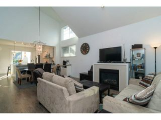 "Photo 5: 88 6450 187TH Street in Surrey: Cloverdale BC Townhouse for sale in ""MOSAIC"" (Cloverdale)  : MLS®# F1433536"