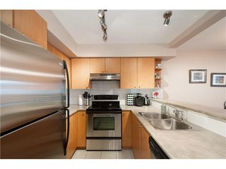 "Photo 10: 16 7503 18TH Street in Burnaby: Edmonds BE Townhouse for sale in ""SOUTHBOROUGH"" (Burnaby East)  : MLS®# V1110000"