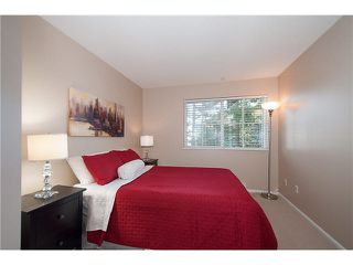 "Photo 12: 16 7503 18TH Street in Burnaby: Edmonds BE Townhouse for sale in ""SOUTHBOROUGH"" (Burnaby East)  : MLS®# V1110000"