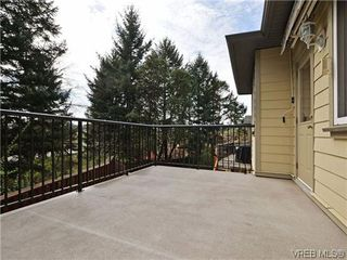 Photo 19: 933 Cavalcade Terr in VICTORIA: La Florence Lake Single Family Detached for sale (Langford)  : MLS®# 696675