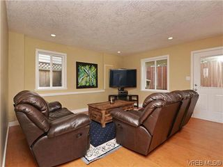 Photo 15: 933 Cavalcade Terr in VICTORIA: La Florence Lake Single Family Detached for sale (Langford)  : MLS®# 696675