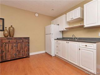 Photo 17: 933 Cavalcade Terr in VICTORIA: La Florence Lake Single Family Detached for sale (Langford)  : MLS®# 696675