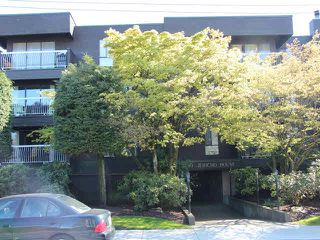 "Photo 1: 306 3680 W 7TH Avenue in Vancouver: Kitsilano Condo for sale in ""JERICHO HOUSE"" (Vancouver West)  : MLS®# V1117476"
