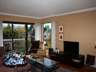 "Photo 2: 306 3680 W 7TH Avenue in Vancouver: Kitsilano Condo for sale in ""JERICHO HOUSE"" (Vancouver West)  : MLS®# V1117476"