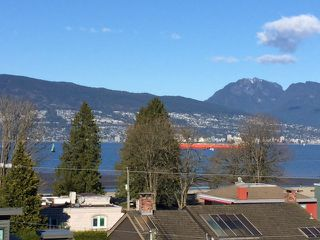 """Photo 1: 4546 BELMONT Avenue in Vancouver: Point Grey House for sale in """"Point Grey"""" (Vancouver West)  : MLS®# V1118801"""