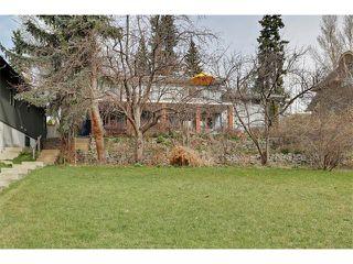 Photo 3: 616 CRESCENT Boulevard SW in Calgary: Elboya House for sale : MLS®# C4007989