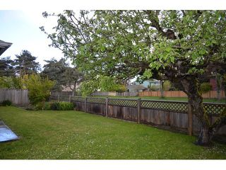 "Photo 4: 11180 CARAVEL Court in Richmond: Steveston South House for sale in ""STEVESTON"" : MLS®# V1121162"
