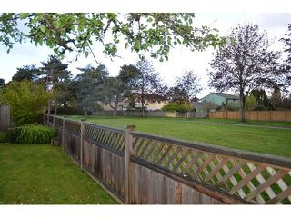 "Photo 5: 11180 CARAVEL Court in Richmond: Steveston South House for sale in ""STEVESTON"" : MLS®# V1121162"