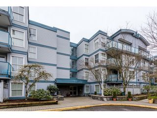 "Photo 4: 311 14885 100 Avenue in Surrey: Guildford Condo for sale in ""THE DORCHESTER"" (North Surrey)  : MLS®# R2042537"