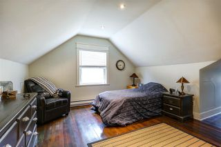 Photo 12: 1026 SEVENTH Avenue in New Westminster: Moody Park House for sale : MLS®# R2043656