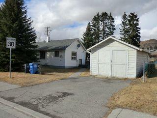 Photo 1: 204 CENTRE Avenue: Cochrane House for sale : MLS®# C4055784