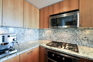 "Photo 6: : White Rock Condo for sale in ""The ""Avra"""" (South Surrey White Rock)  : MLS®# R2064755"