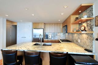 "Photo 4: : White Rock Condo for sale in ""The ""Avra"""" (South Surrey White Rock)  : MLS®# R2064755"
