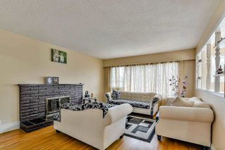 Photo 2: 9737 121 Street in Surrey: Cedar Hills House for sale (North Surrey)  : MLS®# R2091054
