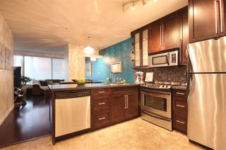 "Photo 2: 308 1177 HORNBY Street in Vancouver: Downtown VW Condo for sale in ""London Place"" (Vancouver West)  : MLS®# R2106343"