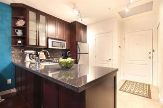"Photo 3: 308 1177 HORNBY Street in Vancouver: Downtown VW Condo for sale in ""London Place"" (Vancouver West)  : MLS®# R2106343"