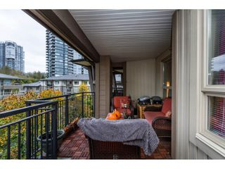 "Photo 15: 410 700 KLAHANIE Drive in Port Moody: Port Moody Centre Condo for sale in ""BOARDWALK"" : MLS®# R2117002"