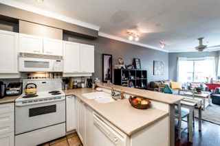 "Photo 2: 310 131 W 3RD Street in North Vancouver: Lower Lonsdale Condo for sale in ""SEASCAPE LANDING"" : MLS®# R2119891"