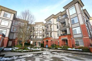 "Main Photo: 305 10499 UNIVERSITY Drive in Surrey: Whalley Condo for sale in ""Guildford Greene"" (North Surrey)  : MLS®# R2128157"