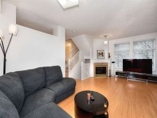 "Photo 4: 8 3711 ROBSON Court in Richmond: Terra Nova Townhouse for sale in ""TENNYSON GARDENS"" : MLS®# R2135040"