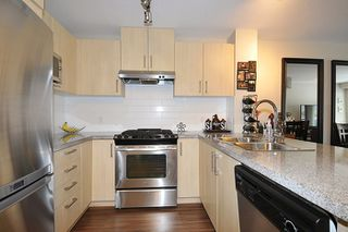 "Photo 7: 303 3178 DAYANEE SPRINGS Boulevard in Coquitlam: Westwood Plateau Condo for sale in ""TAMARACK"" : MLS®# R2139006"