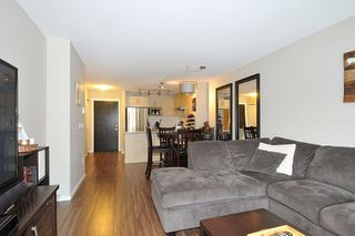 "Photo 2: 303 3178 DAYANEE SPRINGS Boulevard in Coquitlam: Westwood Plateau Condo for sale in ""TAMARACK"" : MLS®# R2139006"