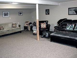 Photo 13: 9 Ridgehampton Court in Toronto: Stonegate-Queensway House (Bungalow) for lease (Toronto W07)  : MLS®# W3719310