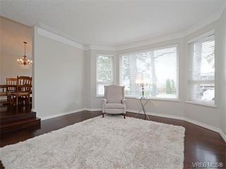 Photo 3: 4949 Rose Lane in VICTORIA: SE Cordova Bay Single Family Detached for sale (Saanich East)  : MLS®# 375591